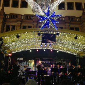 Christmas-Klassiker auf dem Sternschnuppenmarkt in Wiesbaden