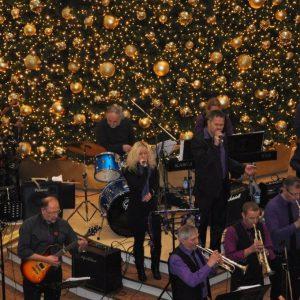 Hinterland Jazz Orchestra präsentiert Christmas-Klassiker in Kassel